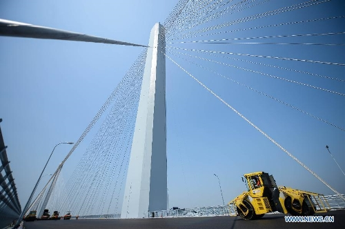 Jiaxing-Shaoxing Sea-crossing Bridge 2