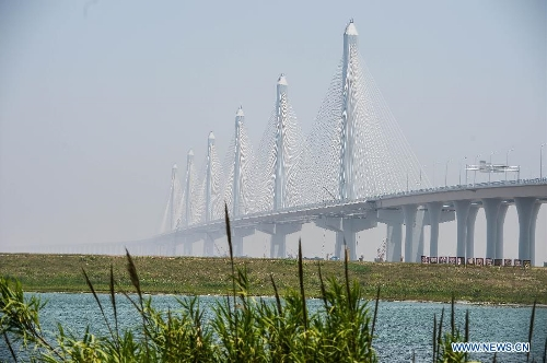 Jiaxing-Shaoxing Sea-crossing Bridge 3