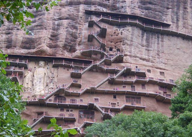 maijisnan grotte
