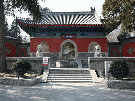 temple_of_enlightenment-dajue_temple